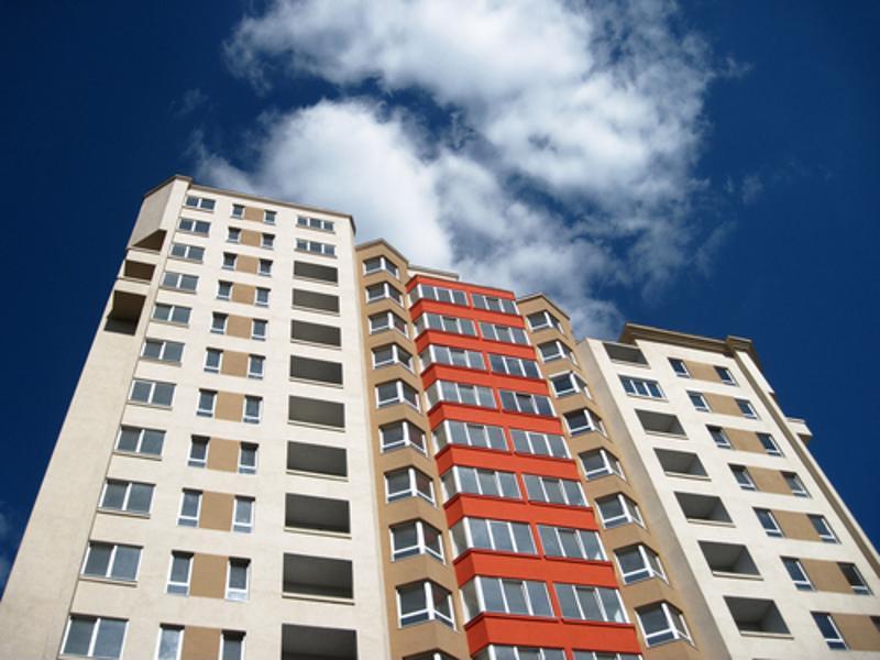 Multi-family apartment buildings present unique energy-efficiency challenges.