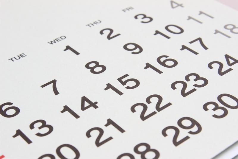 Picture of a blank calendar.